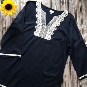 NWOT Crown & Ivy navy tunic with crochet trim